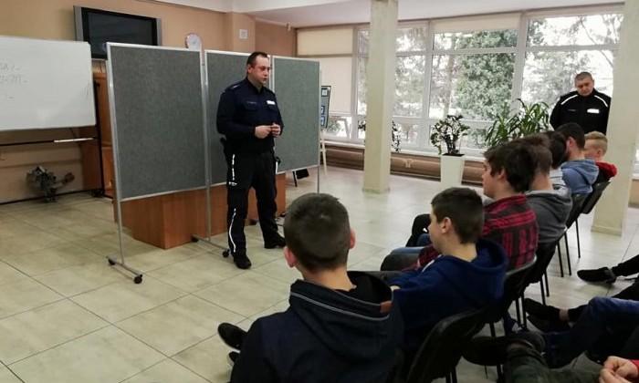 dzielnicowi_w_szkole